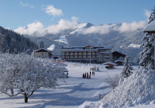 Skifahren -& Snowboarden