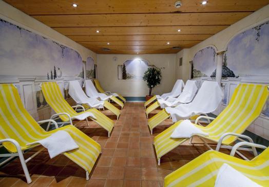 Liebevoll gestalteter Vitalbereich des Landhotels Tirolerhof