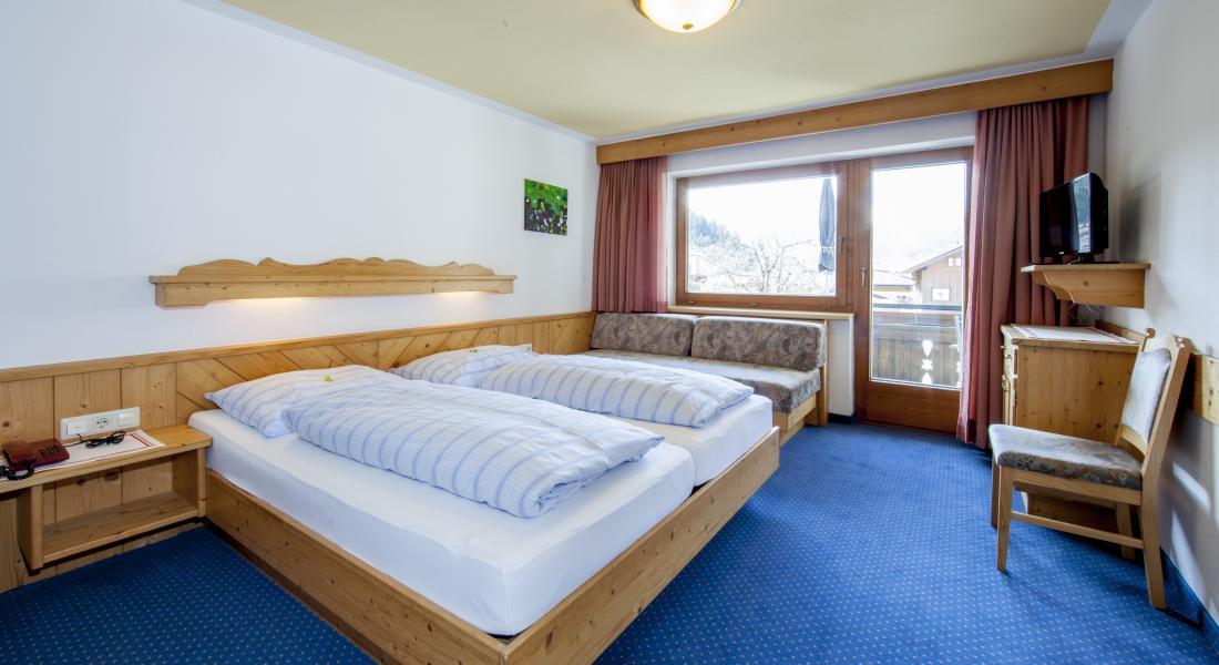 Komfortzimmer mit Blick auf Balkon