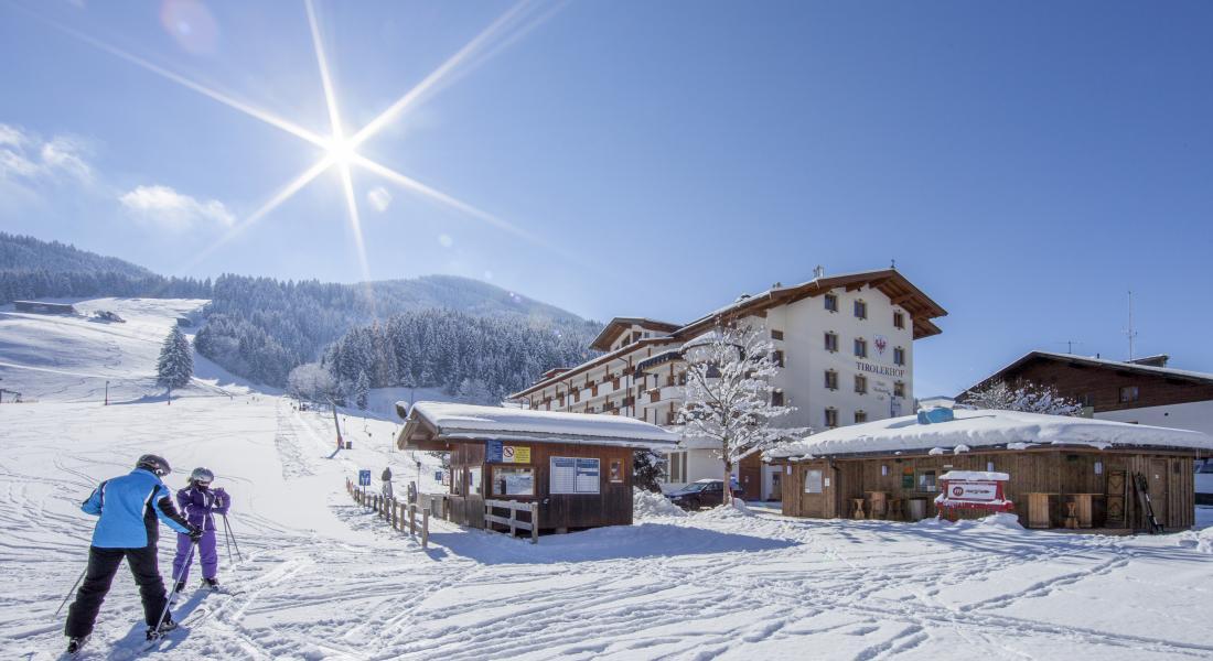 Skilift vor dem Landhotel Tirolerhof